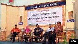 """Dialog nasional yang bertema """"Zakat, Infak dan Sedekah sebagai solusi mengatasi krisis Ekonomi Bangsa"""" bertempat di Jakarta Media Center (JMC) Jakarta Pusat, Kamis (18/8)."""