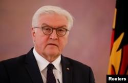 Presidente alemán Frank'Walter Steinmeier hizo una declaración luego de reunirse con la canciller Angela Merkel tras el colapso de las conversaciones para formar un gobierno de coalición. Berlín, noviembre 20, 2017.