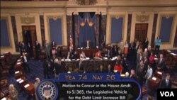 Pemungutan suara di Senat AS yang menyetujui RUU kenaikan pagu utang dengan perbandingan suara 74 setuju dan 26 menentang (2/8).