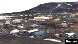 "FILE PHOTO: General view of McMurdo Station operated by the United States on Antarctica. The station is the biggest ""settlement"" on Antarctica, providing home for more then a thousand people. Picture taken Jan. 1 2000."
