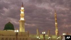 Mosquée du Prophète à Médine en Arabie Saoudite, 5 juillet 2013