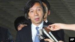 10일 이명박 한국 대통령의 독도 방문에 반발해 소환했던 무토 마사토시 주한 일본대사.