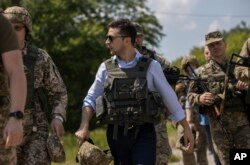 Ukraina Prezidenti Vladimir Zelenskiy Rossiyani tinchlik jarayonini kechiktirishga harakat qilayotganlikda aybladi
