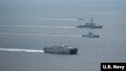 Hải quân Hoa Kỳ và Philippines bắt đầu tập trận quân sự ở Biển Đông.