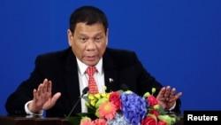 Tổng thống Rodrigo Duterte của Philippines đang tìm cách xoa dịu tranh chấp lãnh thổ với Trung Quốc ở Biển Đông.