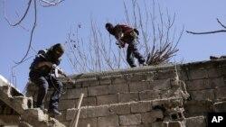 شبه نظامیان حزب کارگران کردستان در حمله به نیروهای امنیتی ترکیه؛ عکس آرشیوی