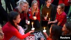 지난 11일 미국 로스앤젤레스에서 '어머니 날'을 맞아 나이지리아에서 피랍된 여학생들의 무사 귀환을 촉구하는 촛불집회가 열렸다. (자료사진)