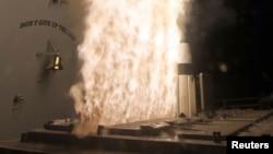 지난 2013년 4월 미 해군 소속 구축함 USS 레이크 에리에서 요격용 SM-3 블록 1A 미사일을 발사하고 있다. (자료사진)