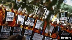 Thai Monks Rally After Buddhist Sites Attacked in Bangladesh