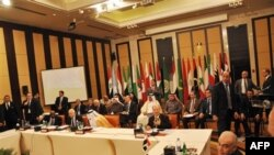 Các thành viên của Liên đoàn Ả Rập tham dự cuộc họp về vấn đề Syria tại Cairo, Ai cập, ngày 8/1/2012