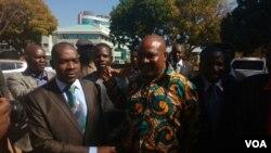 Bernard Manyenyeni and some MDC-T leaders. (Photo: Thomas Chiripasi)