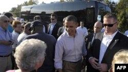 Cuộc vận động bằng xe buýt của Tổng thống Obama đã đưa ông đi khắp Virginia và North Carolina, cả hai bang đều được coi là quan trọng đối với cơ hội tái đắc cử của ông vào năm tới