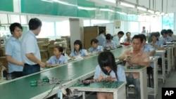 中國大陸台商以提高員工效率及自動化等措施,解決薪資上漲及缺工等問題