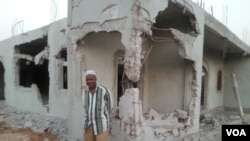 Luanda Mesquita destruída