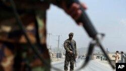 افغان ځواکونو ته په وړاندیز شوې بودیجه کې د تېرکال په پرتله ۳۰۰ میلیون ډالر زیات ځانګړې شوي