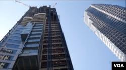 完工後的威爾謝大樓將成為美西最高建築(美國之音國符拍攝)