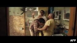 Yeni Hollivud Filmləri: Hangover (video)