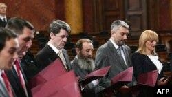 Novoizabrani ministri Vlade Srbije položili su večeras zakletvu u Skupštini nakon što su ih poslanici izabrali, 14. mart 2011.