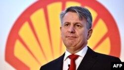 荷兰皇家壳牌公司首席执行官本·范·布尔顿