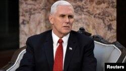 အေမရိကန္ ဒုတိယ သမၼတ Mike Pence (ဒီဇင္ဘာ ၂၁၊ ၂၀၁၇)