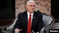 مایک پنس معاون رئیس جمهوری آمریکا