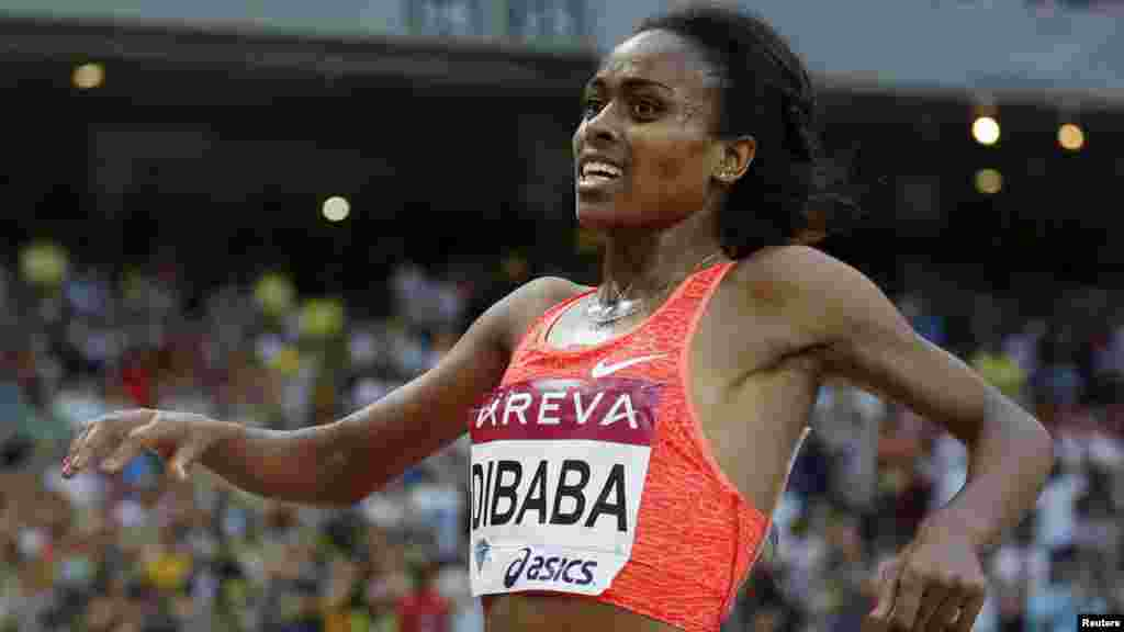 Tirunesh Dibaba 31 ans, une athlète éthiopienne, spécialisée dans des courses de fond. Elle a remporté entre 2003 et 2013 trois titres olympiques, cinq titres de championne du monde .