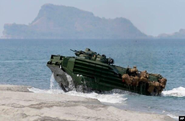 Hải quân Mỹ, Philippines tập trận đổ bộ lên bãi cạn Scarborough.