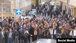 تصویر آرشیوی از دراویش گنابادی در گلستان هفتم تهران