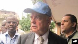Roger Meece, Représentant du Secretaire Général de l'ONU en RDC, Kinshasa, 28 Novembre 2011 (Nicolas Pinault VOA)