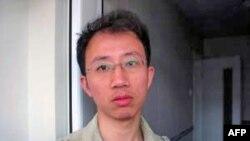 中国维权人士胡佳(2006年档案照片)