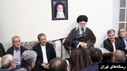 خامنه ای رهبر جمهوری اسلامی در کنار اسحاق جهانگیری