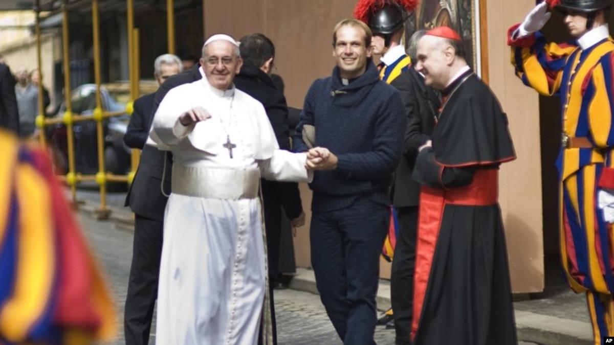 Resultado de imagen para Papa nombra a cura uruguayo como uno de sus secretarios personales