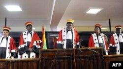 Le président de la cour constitutionnelle de Guinée Kelefa Sall, le 31 octobre 2015.
