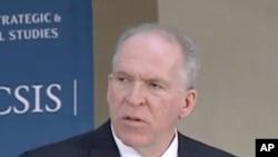 Pour les priver de leurs refuges, nous allons déplacer la lutte contre Al-Qaïda et ses alliés extrémistes sur le terrain où ils complotent et s'entraînent : en Afghanistan, Pakistan, Yémen, Somalie et ailleurs, a déclaré John Brennan, le conseiller du pré