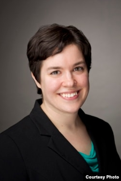 """""""个人教育权利基金会""""的律师苏珊•克鲁斯(Susan Kruth)"""