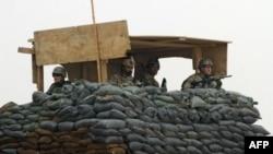 Блок-пост под Кандагаром, на котором несут службу афганские и американские военнослужащие