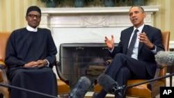 Presiden AS Barack Obama (kanan) saat menemui Presiden Nigeria Muhammadu Buhari,di Ruang Oval Gedung Putih (20/7).