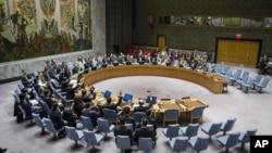 유엔 안보리가 지난해 11월 뉴욕 유엔본부에서 회의를 열고 북한의 5차 핵실험에 대응한 추가 대북제재결의 2321호를 15개 이사국 만장일치로 채택했다.