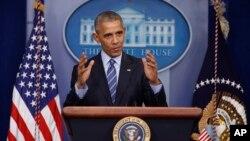 """""""Shubhasiz, chet davlat bizning saylovlarimizga burun suqadigan bo'lsa, biz javob berishimiz kerak bo'ladi"""", - dedi prezident Obama"""