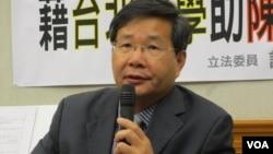 台湾在野党台联党立委 许忠信(美国之音张永泰拍摄)