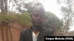 Pai de Rufino Fernando António, jovem de 14 anos que foi morto a tiro durante demolições no Zango, Luanda.