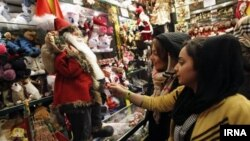 حال و هوای ایام کریسمس در جمهوری اسلامی ایران