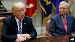 دیدار دونالد ترامپ رئیس جمهوری آمریکا با نمایندگان ارشد کنگره در کاخ سفید و گفتگو درباره طرح اصلاح نظام مالیاتی - ۱۴ شهریور ۱۳۹۶