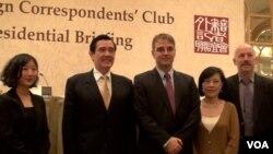 馬英九總統認為台美關係密切堅強 (美國之音黃耀毅拍攝)