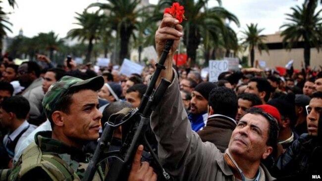 """Tusisia và sự kích hoạt của """"Mùa Xuân Ả Rập""""."""