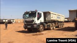 Des centaines de camionneurs bloquent les accès de Ouagadougou