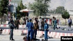 7月22日阿富汗機場附近發生強力炸彈爆炸,炸死16人,炸傷60人。