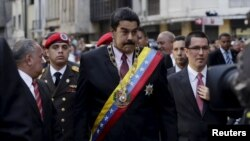 El presidente Nicolás Maduro llega a la Asamblea Nacional en Caracas donde planteó sus demandas sobre el tema de Guyana.