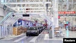 特斯拉在上海工廠生產的汽車。(2020年1月7日)
