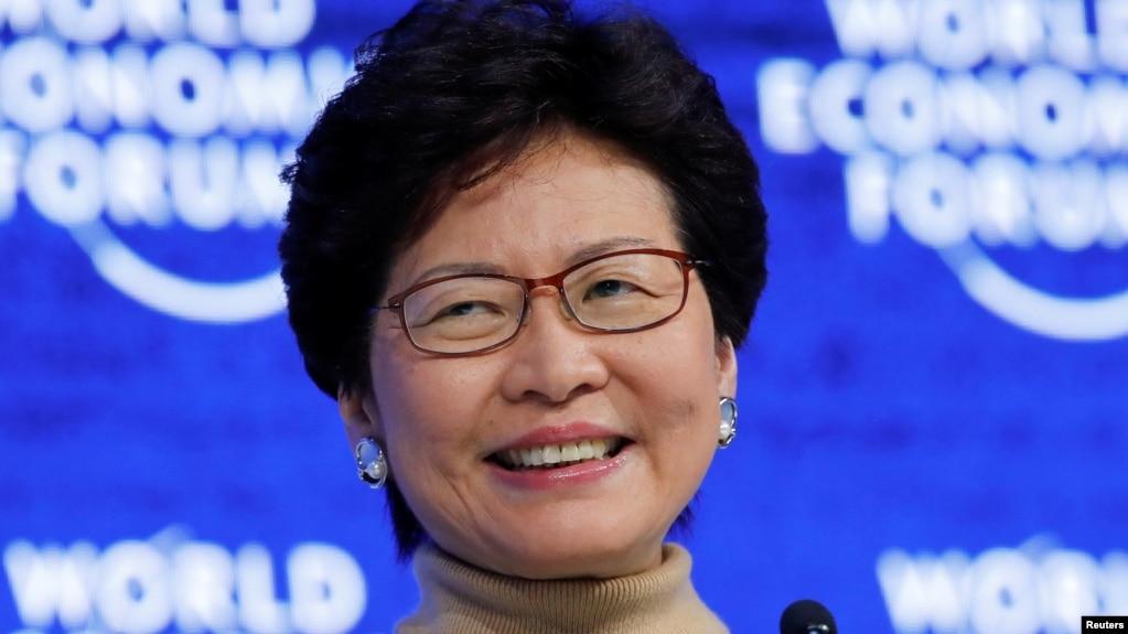 香港特首林鄭月娥拒絕回答普通話和粵語哪個是母語
